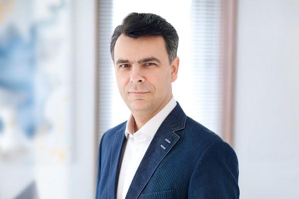 dr Maciej Cherek